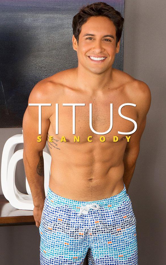 Sean Cody: Titus fucks himself